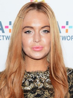 Lindsay Lohan Judge Refuses to Toss Case, Scolds New Lawyer