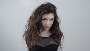 Lorde's 'Royals' Knocks Out 'You Oughtta Know' for Longest Alternative Reign