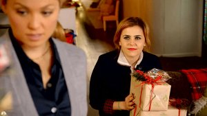 'Parenthood': Christmas Brings Trouble for Amber and Ryan (Exclusive Video)