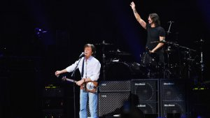 Paul McCartney and Nirvana Perform New Song at 12-12-12 Concert (Video)
