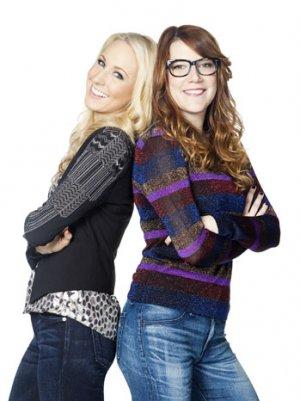 'Nikki & Sara Live': Katie Couric Surprises MTV's Late-Night Ladies with Renewal News (Video)
