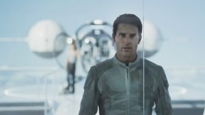 Tom Cruise's 'Oblivion' Reveals Secrets in International Trailer (Video)