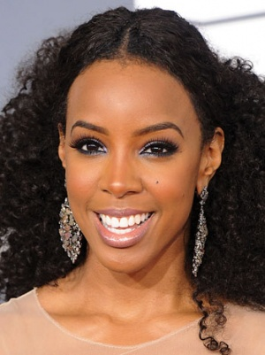 Oscars 2013: Kelly Rowland Added as Red Carpet Pre-Show Host