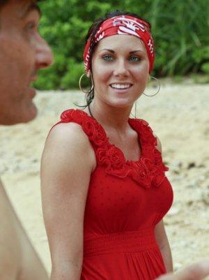 'Survivor: Philippines': Katie Hanson on Jeff Probst's Challenge Critiques and the Tribes' Unprecedented Bargain