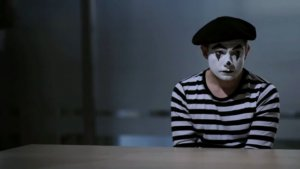 'Hobbit' Star Martin Freeman Featured as Murderous Mime in Indie Short (Video)