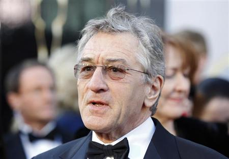 """Robert De Niro, best supporting actor nominee for his role in """"Silver Linings Playbook"""", arrives at the 85th Academy Awards in Hollywood"""