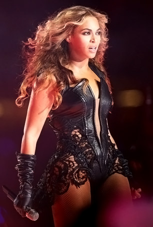 Beyonce Rocks Super Bowl Halftime Show With Destiny's Child