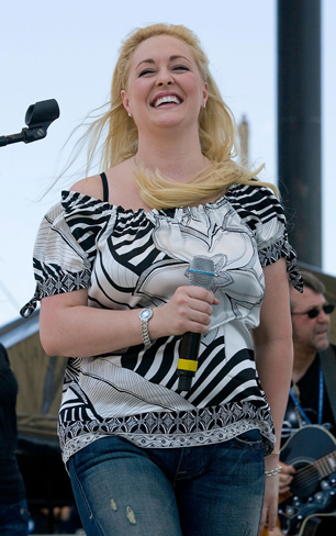 Mindy McCready Remembered at Florida Funeral