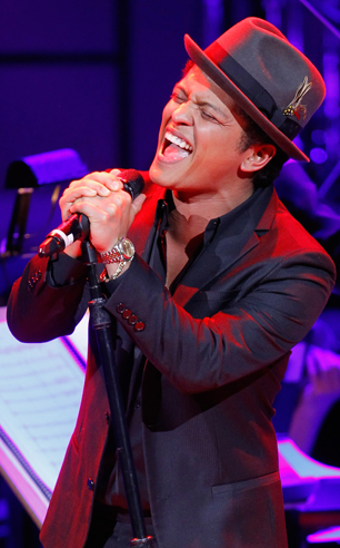 On the Charts: Bruno Mars Keeps Hitting Singles