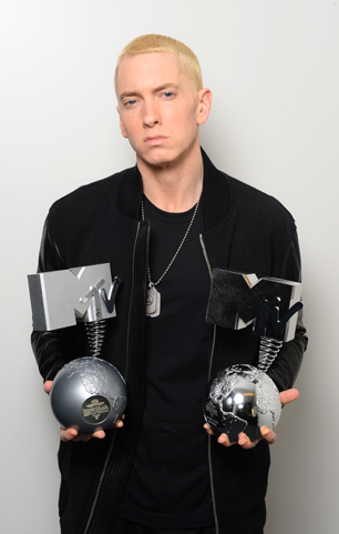 On the Charts: Eminem Goes 'Berzerk' With Huge First-Week Sales