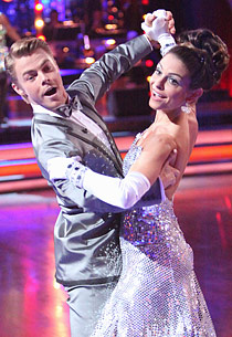 Derek Hough, Maria Menounos | Photo Credits: Adam Taylor/ABC