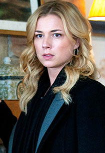 Emily VanCamp, Revenge | Photo Credits: Colleen Hayes/ABC