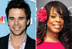 David Walton, Niecy Nash | Photo Credits: Jason LaVeris/FilmMagic, Rebecca Sapp/WireImage