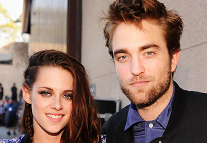 Kristen Stewart and Robert Pattinson | Photo Credits: Kevin Mazur/WireImage