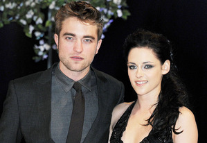 Robert Pattinson and Kristen Stewart | Photo Credits: Dave M. Benett/Getty Images
