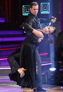 Cheryl Burke and William Levy | Photo Credits: Adam Taylor/ABC