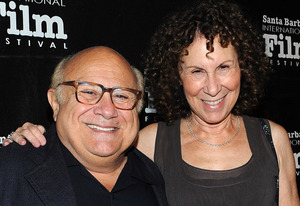 Danny DeVito and Rhea Perlman | Photo Credits: Michael Buckner/Getty Images