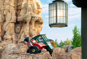 Big Thunder Mountain Railroad | Photo Credits: Disneyland Resort