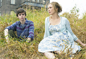 Freddie Highmore and Vera Farmiga | Photo Credits: Joe Lederer/A&E