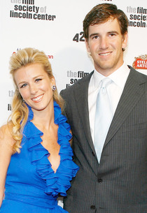Abby McGrew, Eli Manning | Photo Credits: Mark Von Holden/Getty Images