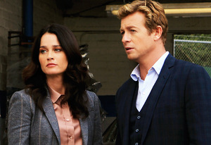 Robin Tunney, Simon Baker | Photo Credits: Sonja Flemming/CBS