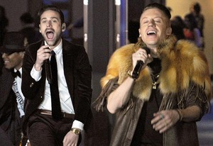 Ryan Lewis, Macklemore | Photo Credits: Robyn Beck/AFP/Getty Images