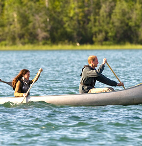"""William, Kate Canoe to """"Honeymoon Island"""" for Alone Time"""