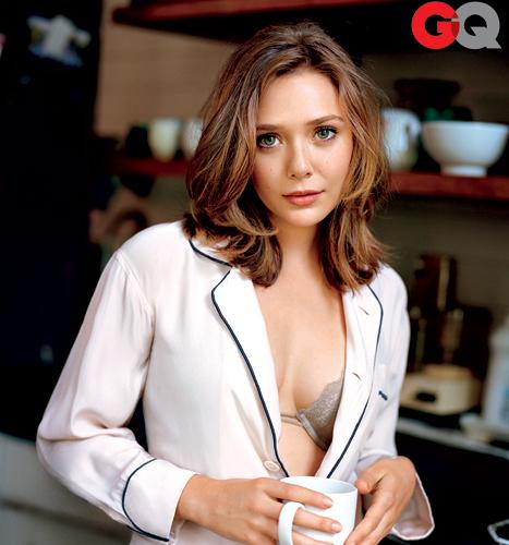 "Elizabeth Olsen Explains ""Disturbing"" Nude Scene"