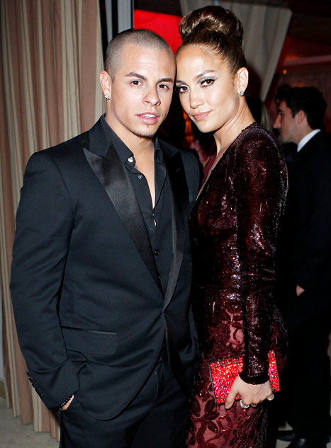 Ryan Seacrest Mocks Jennifer Lopez's Boyfriend Casper Smart on Idol