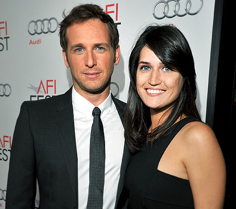 Josh Lucas, Girlfriend Are Married -- and Expecting!