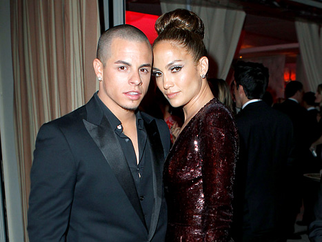 Rep: Jennifer Lopez Did Not Marry Casper Smart!
