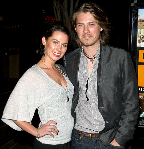 Taylor Hanson Expecting Fifth Child