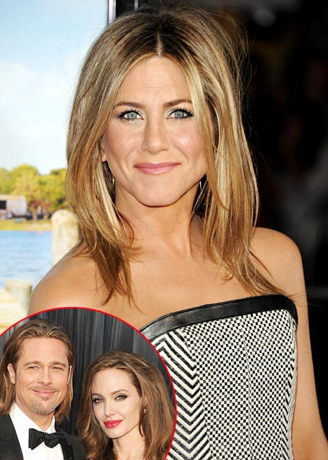 What Jennifer Aniston Thinks of Brad Pitt, Angelina Jolie's Engagement