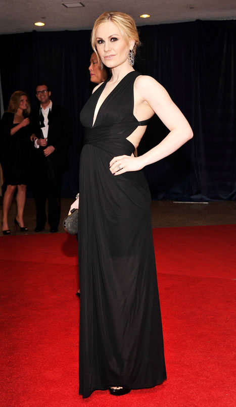 Pregnant Anna Paquin Wears Super-Sexy Cut-Out Gown at White House Bash