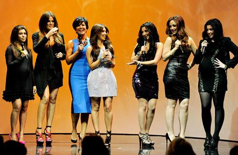 Kardashian Sisters Meet Their SNL Impersonators