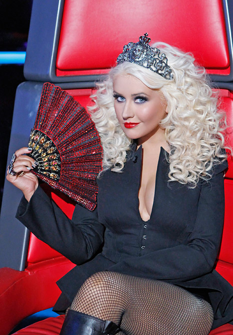 "Christina Aguilera: ""I Have Much Love"" for Voice Finalists"