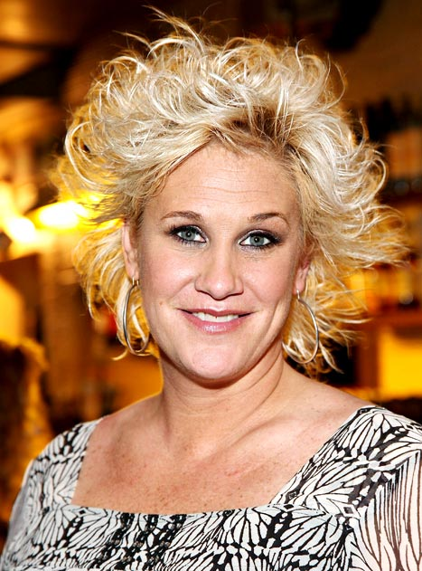 Food Network's Anne Burrell Confirms She's a Lesbian