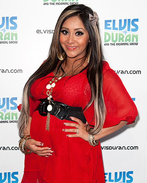 "Pregnant Snooki: ""I Hate My Boobs So Much!"""