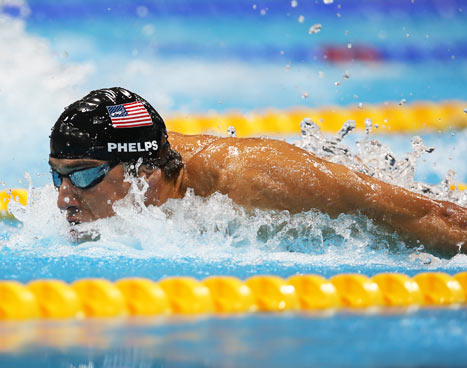 Michael Phelps Wins 22nd Medal, 18th Gold in Final Race of His Olympic Career