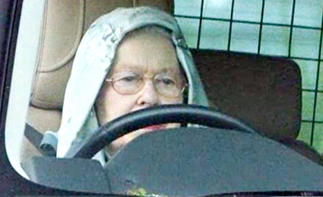 PIC: Queen Elizabeth II Wears a Hoodie While Driving Her Range Rover