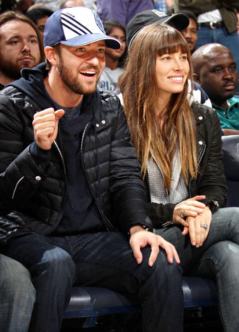 Newlyweds Justin Timberlake, Jessica Biel Enjoy Basketball Date Night