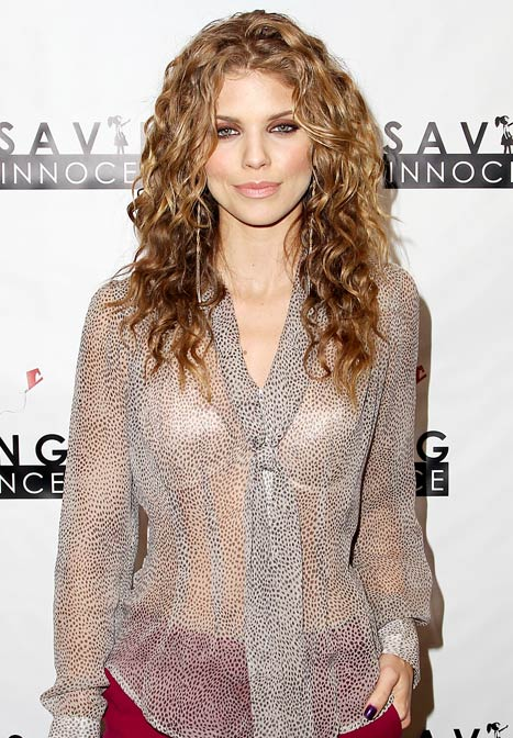 "AnnaLynne McCord, 25, Explains Why She Prefers to Date ""an Older Man"""