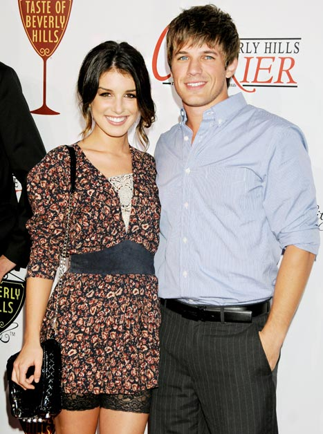Matt Lanter and Shenae Grimes Trade Wedding Planning Tips on 90210 Set