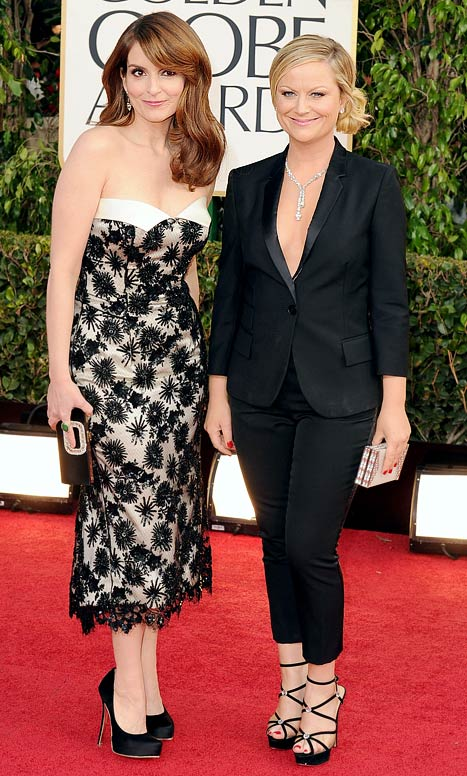 """Tina Fey, Amy Poehler Show Off Matching """"Husband And Wife"""" Outfits at Golden Globes"""