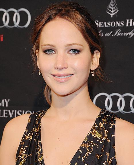 Jennifer Lawrence Has Pneumonia