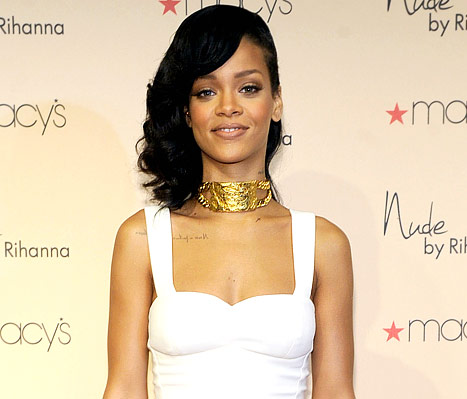 """Rihanna Defends Chris Brown Reconciliation: """"We Know Exactly What We Have Now"""""""