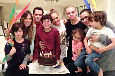 Jennifer Lopez Poses Between Ex Marc Anthony and Boyfriend Casper Smart at Family Birthday Party: Picture