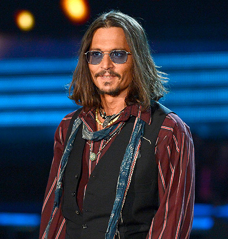 Johnny Depp Sports Orange Tan at 2013 Grammys: Picture