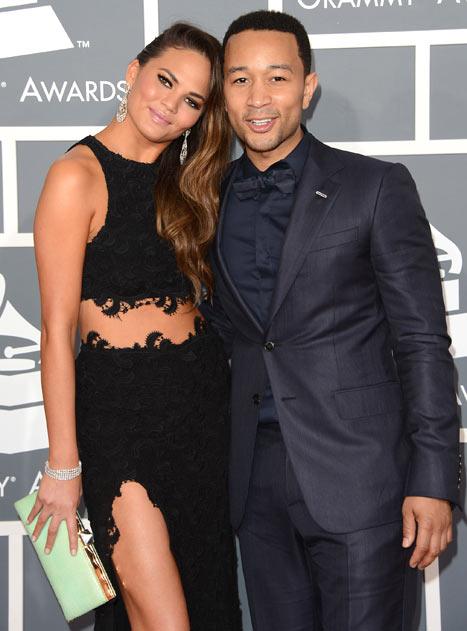 Chrissy Teigen Denies Giving John Legend a Wedding Ultimatum