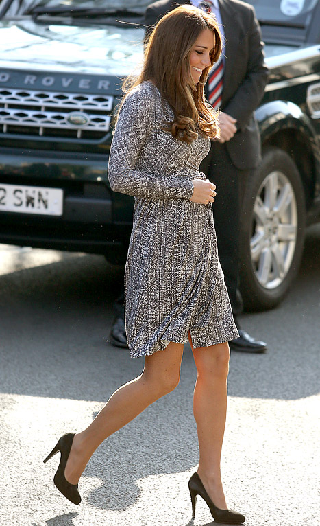 Kate Middleton Shows Off Growing Baby Bump After Mustique Babymoon
